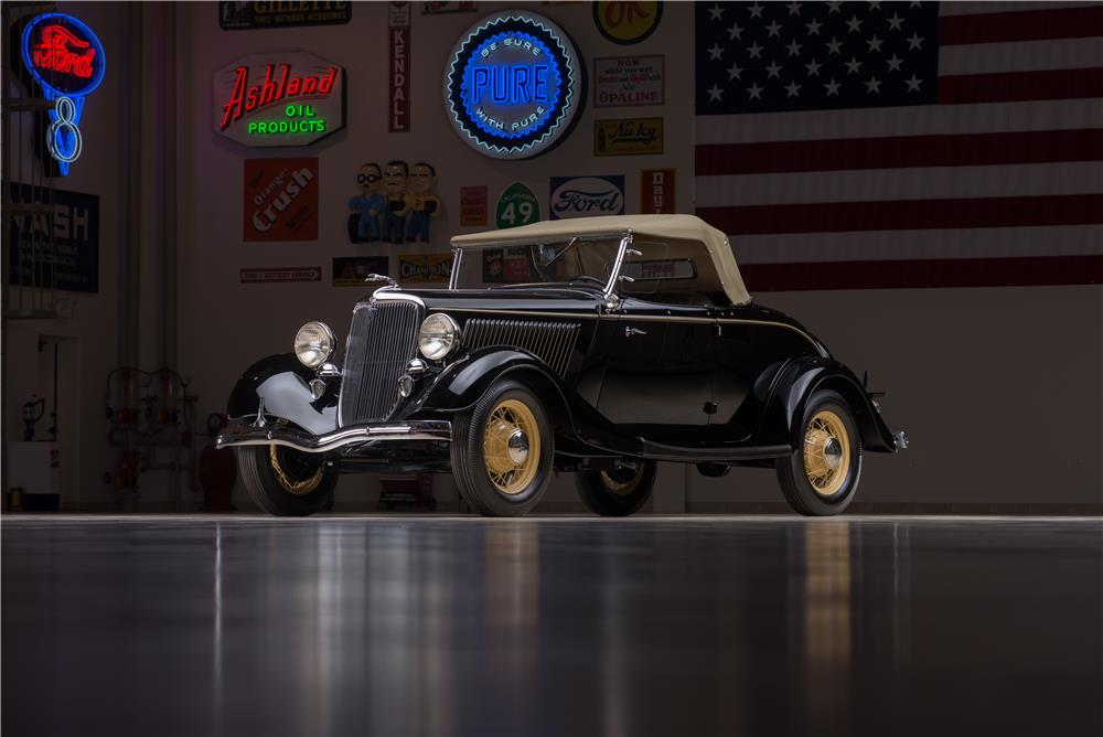 1934 FORD MODEL 40 DELUXE ROADSTER - Front 3/4 - 178656