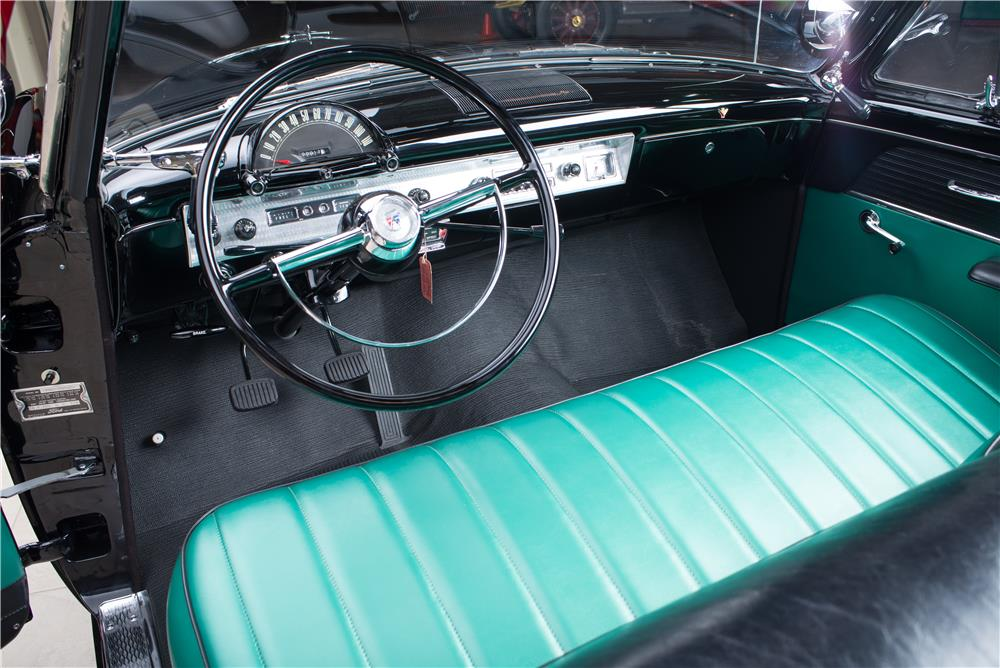 1954 FORD SUNLINER CONVERTIBLE - Interior - 178659