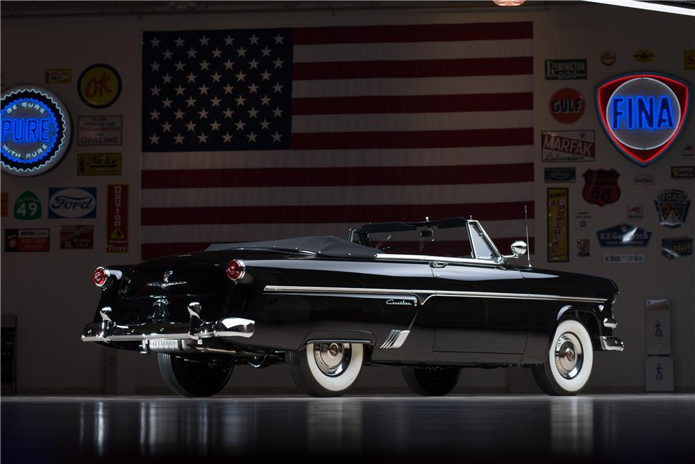1954 FORD SUNLINER CONVERTIBLE - Rear 3/4 - 178659