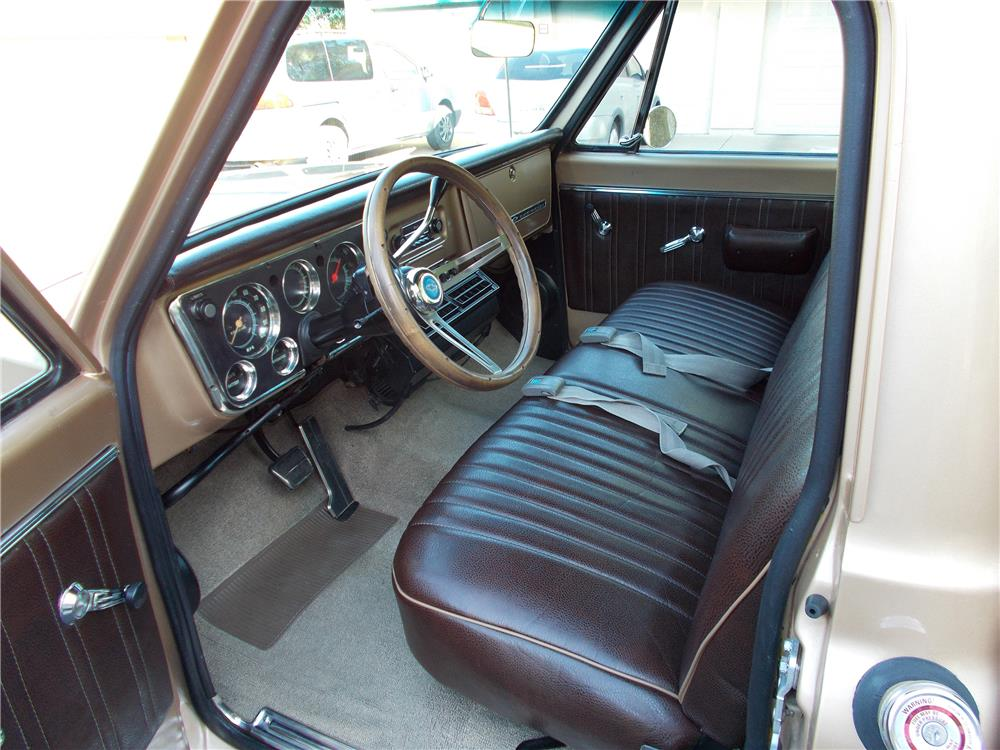 1968 CHEVROLET C-10 PICKUP - Interior - 178678