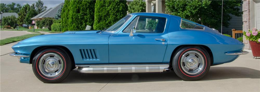 1967 CHEVROLET CORVETTE 427/435 - Side Profile - 178695