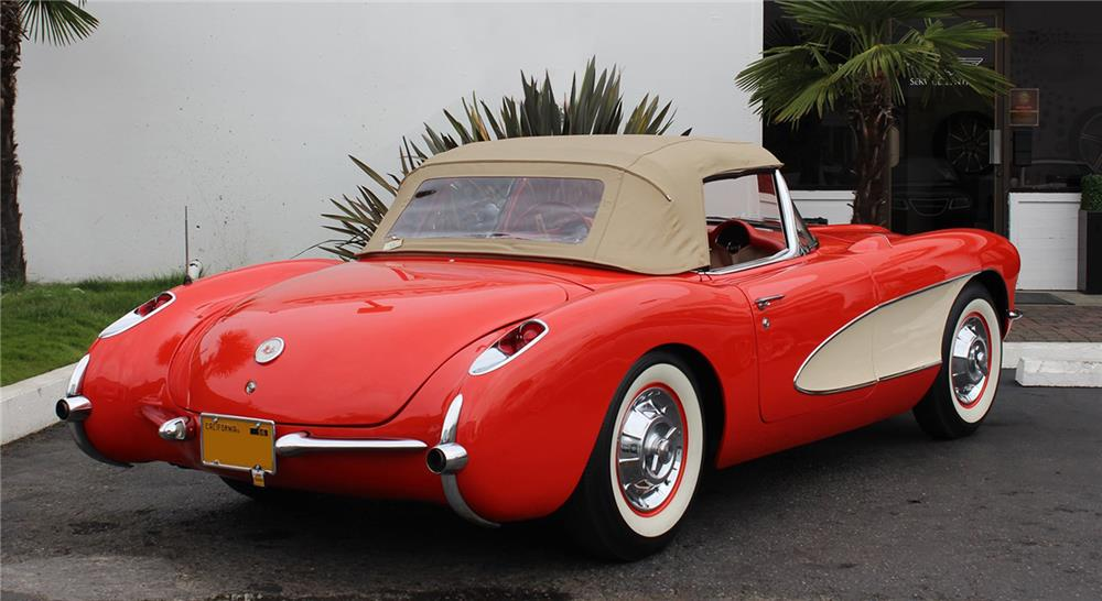 1956 CHEVROLET CORVETTE ROADSTER - Rear 3/4 - 178706