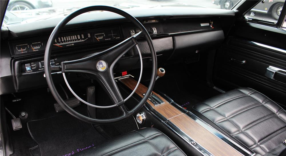 1969 PLYMOUTH HEMI ROAD RUNNER - Interior - 178707