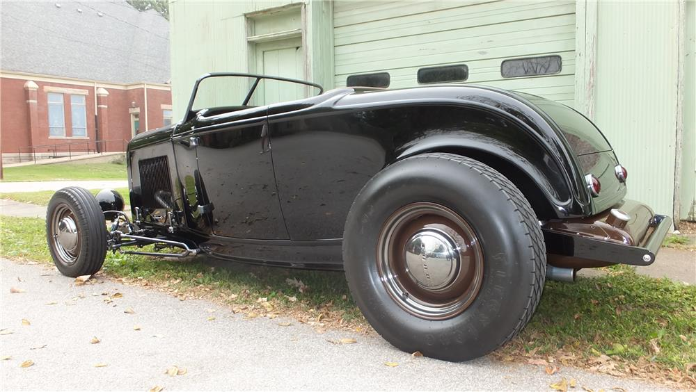 1932 FORD HI-BOY CUSTOM ROADSTER - Rear 3/4 - 178715