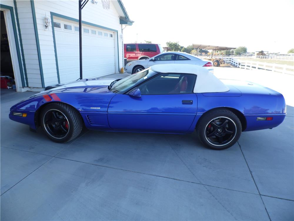 1996 CHEVROLET CORVETTE CONVERTIBLE - Side Profile - 179919