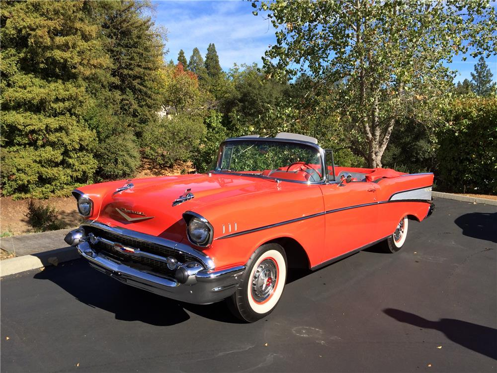 1957 CHEVROLET BEL AIR CONVERTIBLE - Front 3/4 - 179969