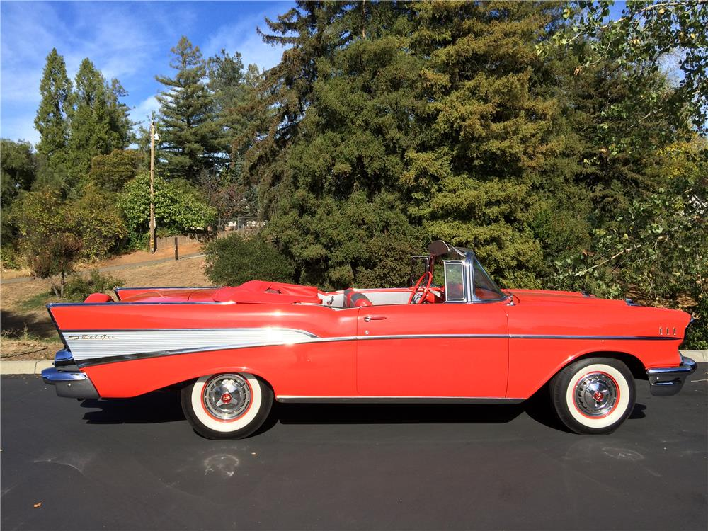 1957 CHEVROLET BEL AIR CONVERTIBLE - Side Profile - 179969