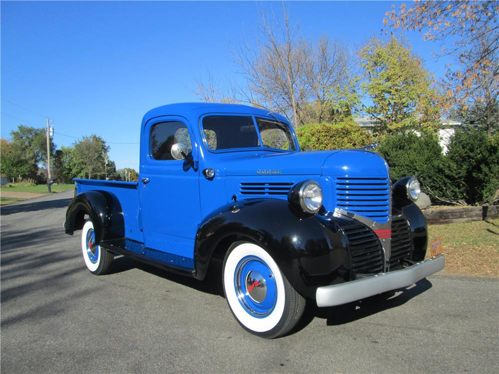 1941 DODGE 1/2 TON PICKUP - Front 3/4 - 179973