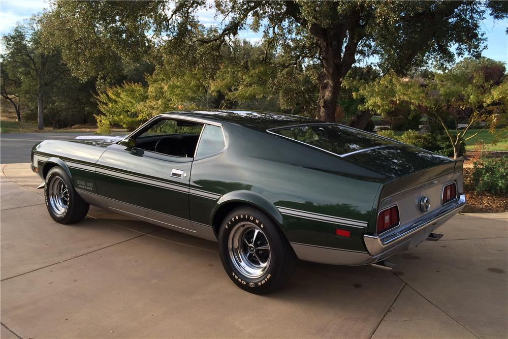 1971 FORD MUSTANG BOSS 351 FASTBACK - Rear 3/4 - 180000