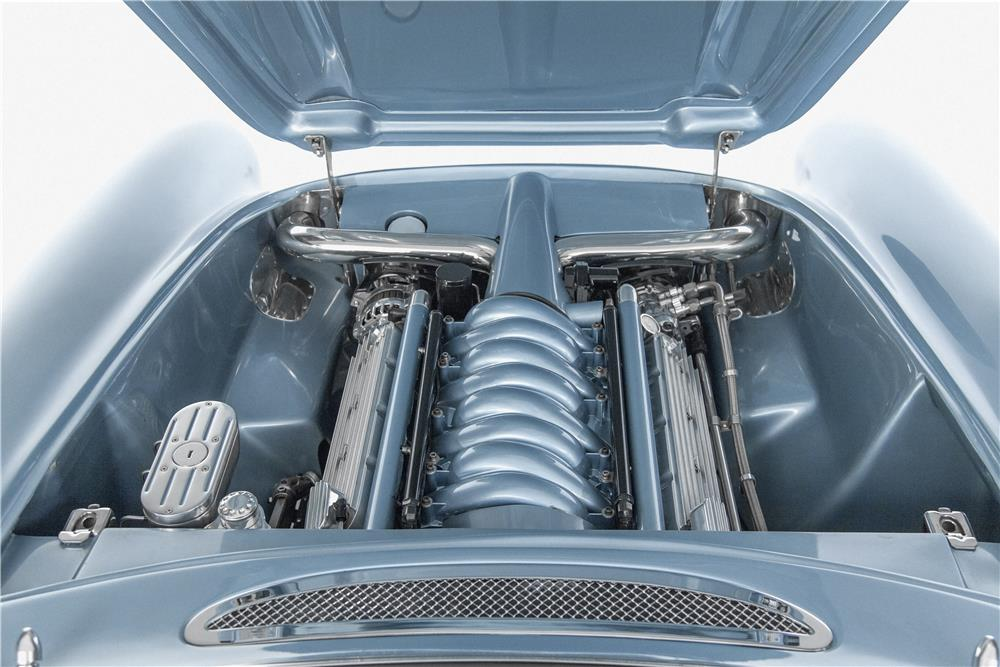 1957 CHEVROLET CORVETTE CUSTOM CONVERTIBLE - Engine - 180014