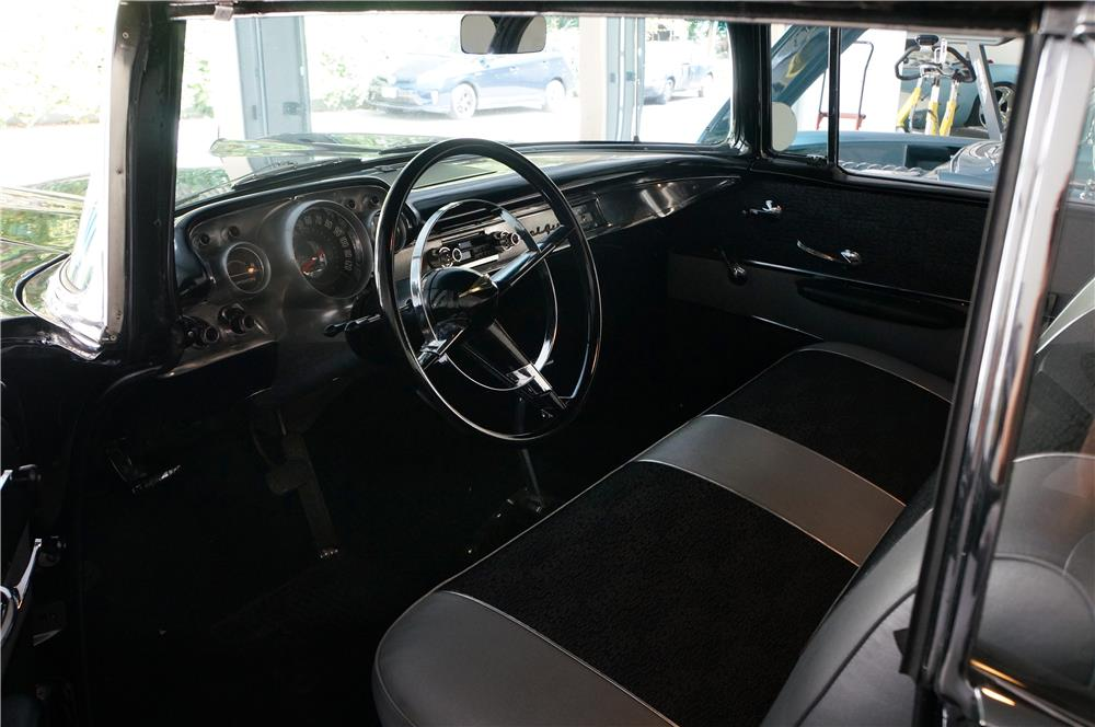 1957 CHEVROLET 210 CUSTOM - Interior - 180016