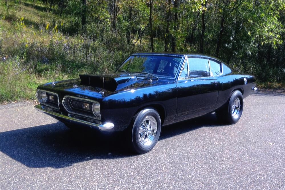 1968 PLYMOUTH BARRACUDA FASTBACK - Front 3/4 - 180234