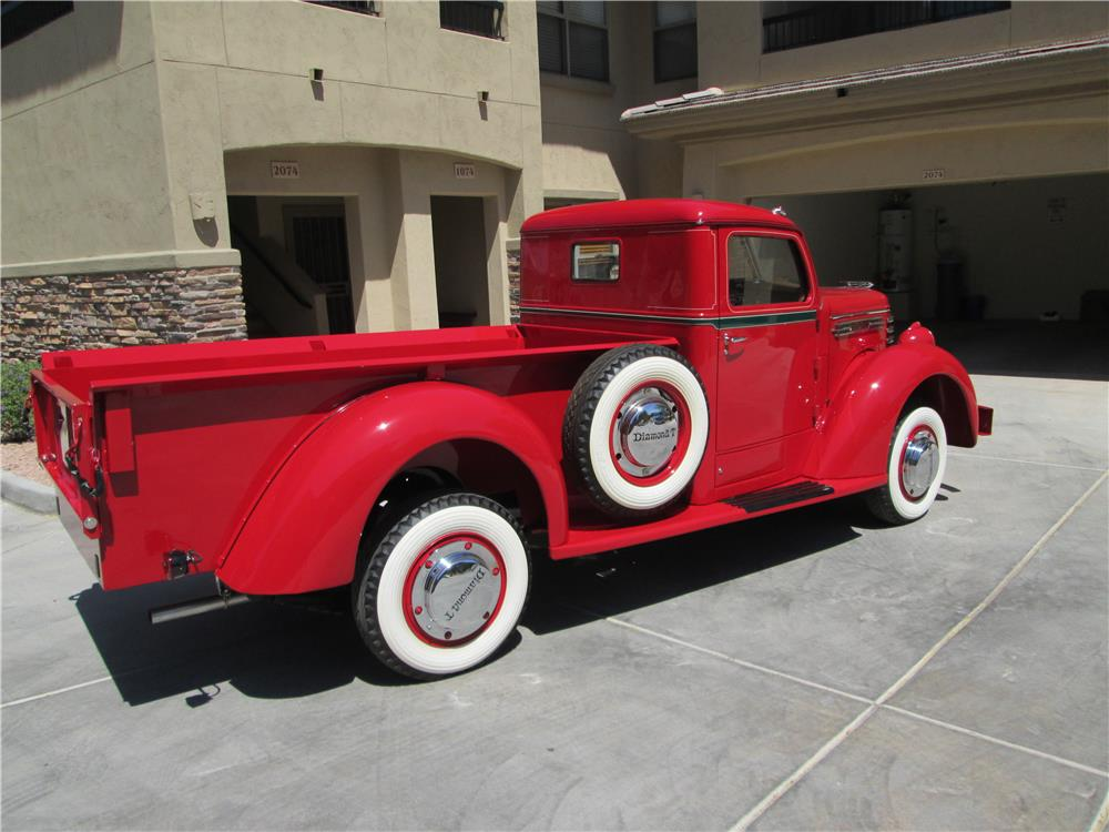 1949 DIAMOND T 201 PICKUP - 180238