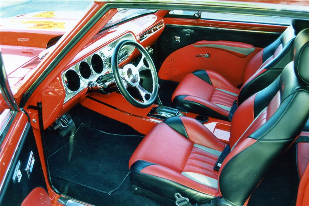 1965 CHEVROLET CHEVELLE CUSTOM - Interior - 180257