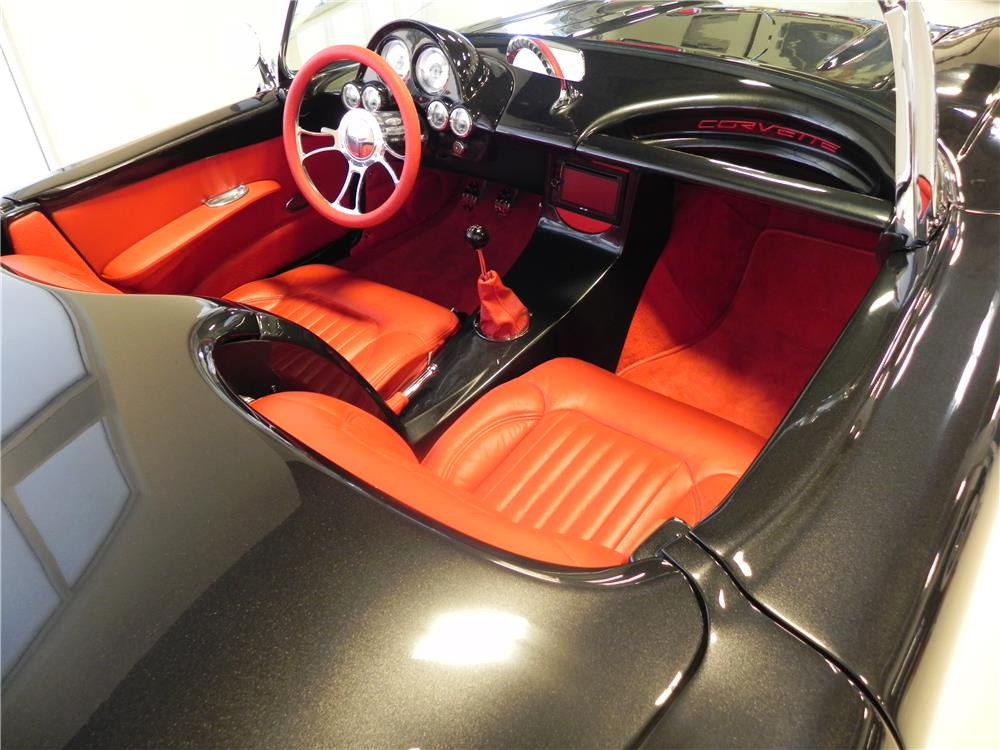 1958 CHEVROLET CORVETTE CUSTOM ROADSTER - Interior - 180408