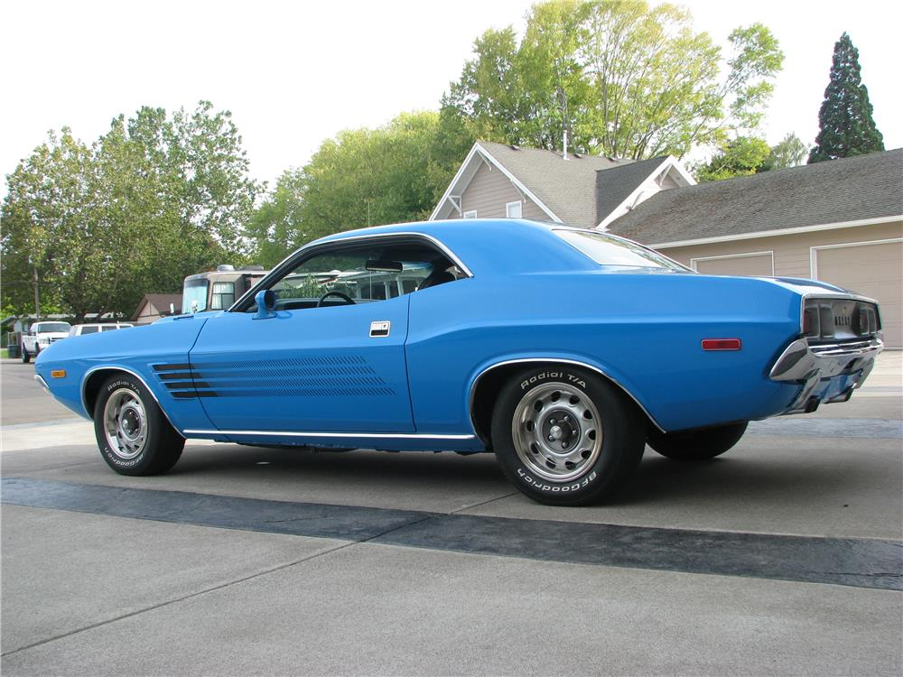 1972 DODGE CHALLENGER RALLYE - Rear 3/4 - 180479