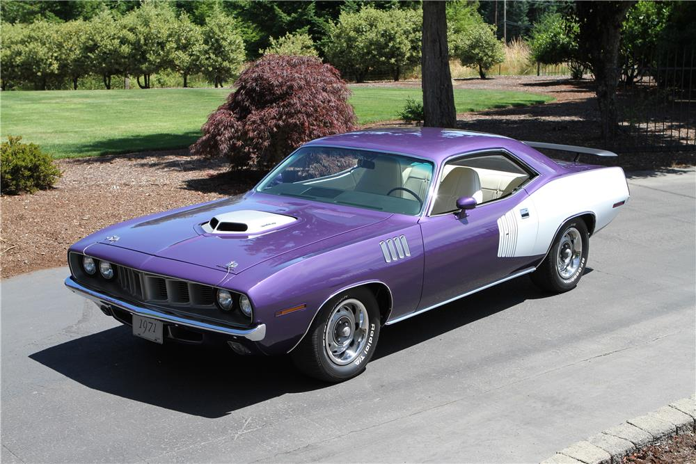 1971 PLYMOUTH BARRACUDA HEMI RE-CREATION - Front 3/4 - 180482