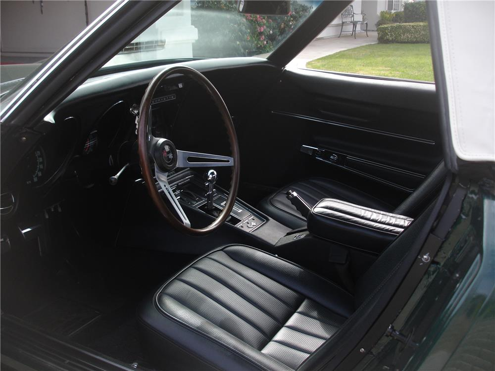 1968 CHEVROLET CORVETTE CONVERTIBLE - Interior - 180487