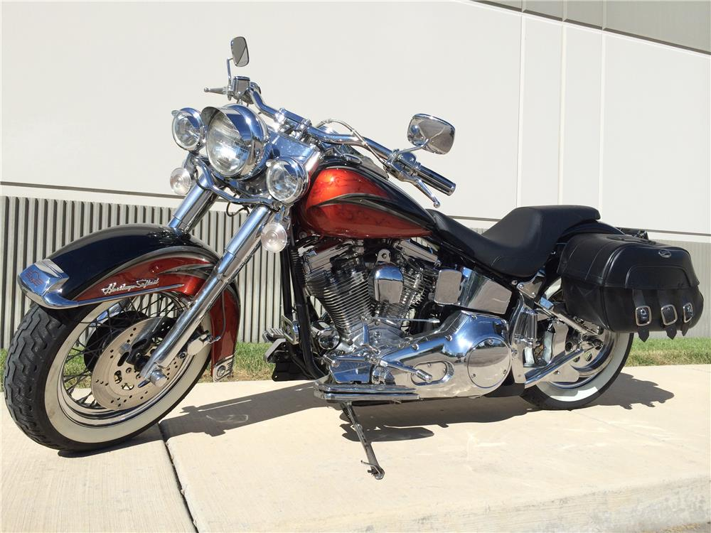2000 SPECIAL CONSTRUCTION CUSTOM SOFTTAIL MOTORCYCLE - Front 3/4 - 180503