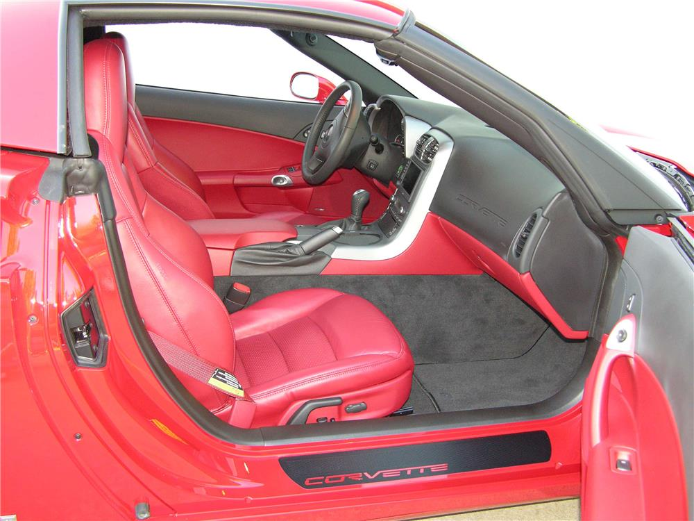2007 CHEVROLET CORVETTE CONVERTIBLE - Interior - 180526