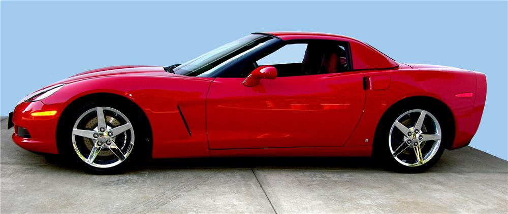2007 CHEVROLET CORVETTE CONVERTIBLE - Side Profile - 180526