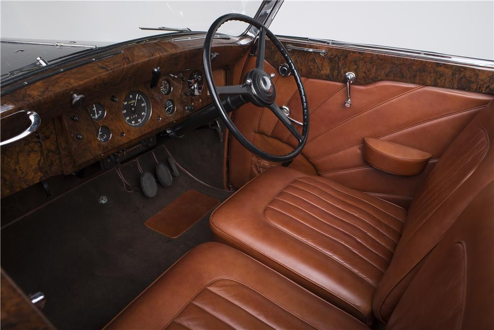 1947 ROLLS-ROYCE SILVER WRAITH CONVERTIBLE BY FRANAY - Interior - 180527