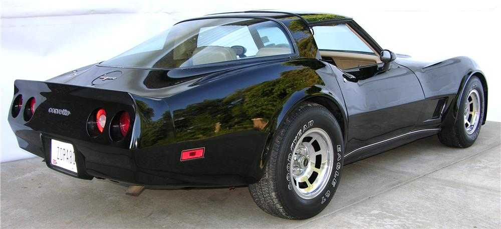 1980 CHEVROLET CORVETTE - Rear 3/4 - 180528