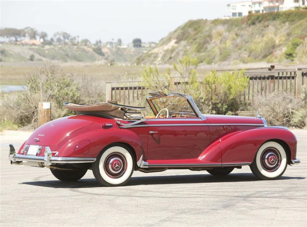 1953 MERCEDES-BENZ 300S CABRIOLET - Rear 3/4 - 180539