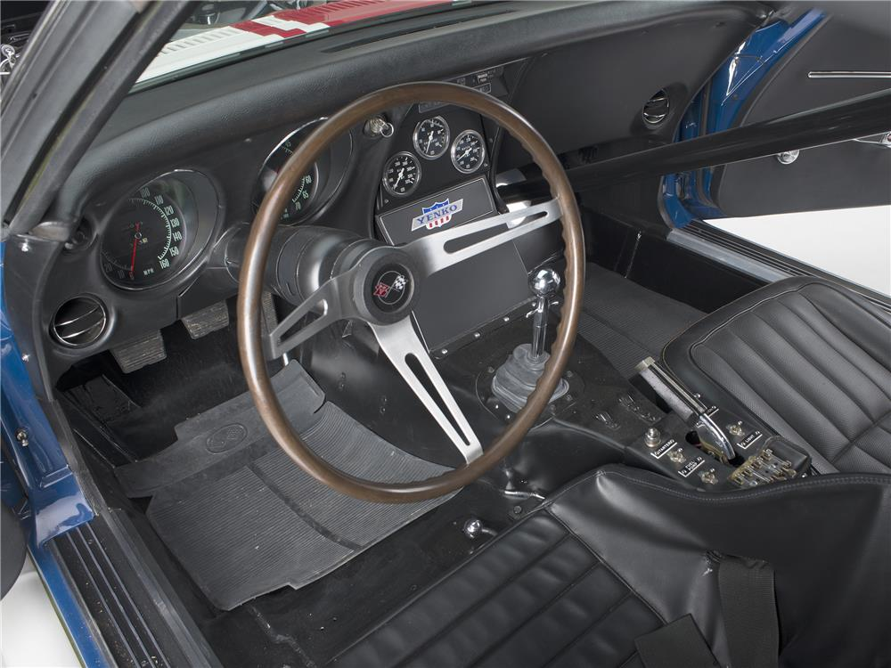 1968 CHEVROLET CORVETTE CONVERTIBLE L88 RACE CAR - Interior - 180584