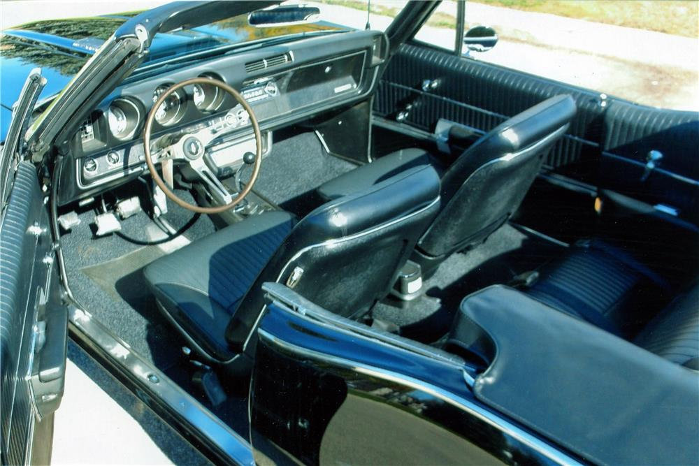 1968 OLDSMOBILE 442 CONVERTIBLE - Interior - 180593