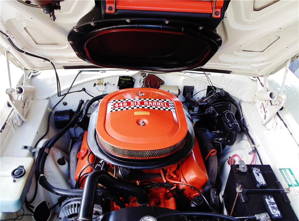 1970 PLYMOUTH GTX - Engine - 180605
