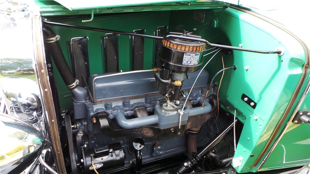1932 CHEVROLET CONVERTIBLE CABRIOLET - Engine - 180609