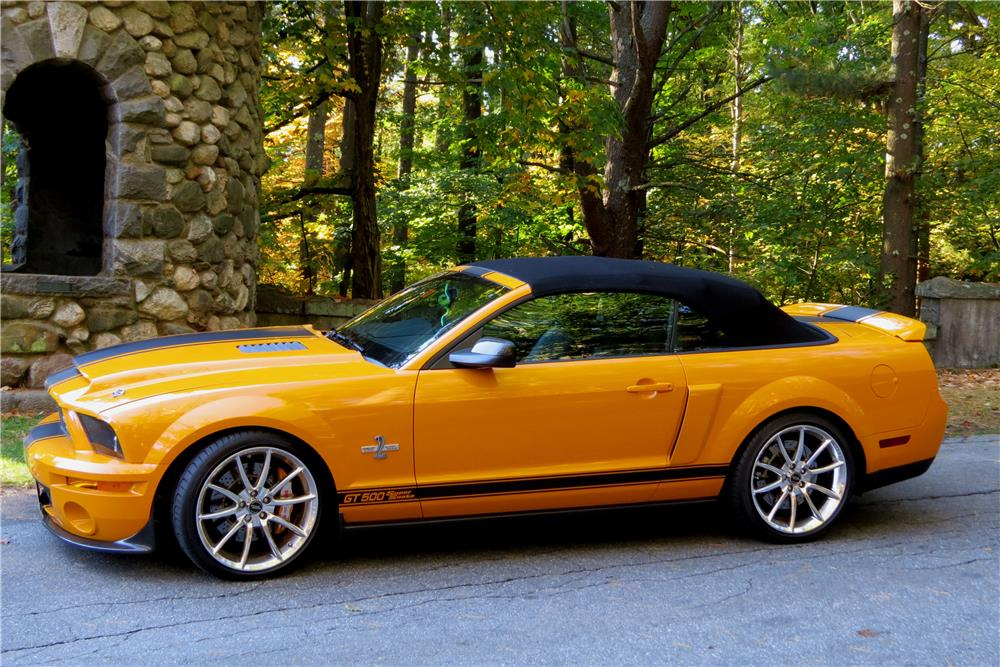 2008 ford mustang shelby gt500 convertible 180619. Black Bedroom Furniture Sets. Home Design Ideas