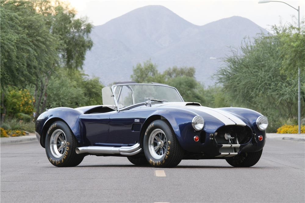 1965 SHELBY COBRA CSX 6000 ROADSTER - Front 3/4 - 180625