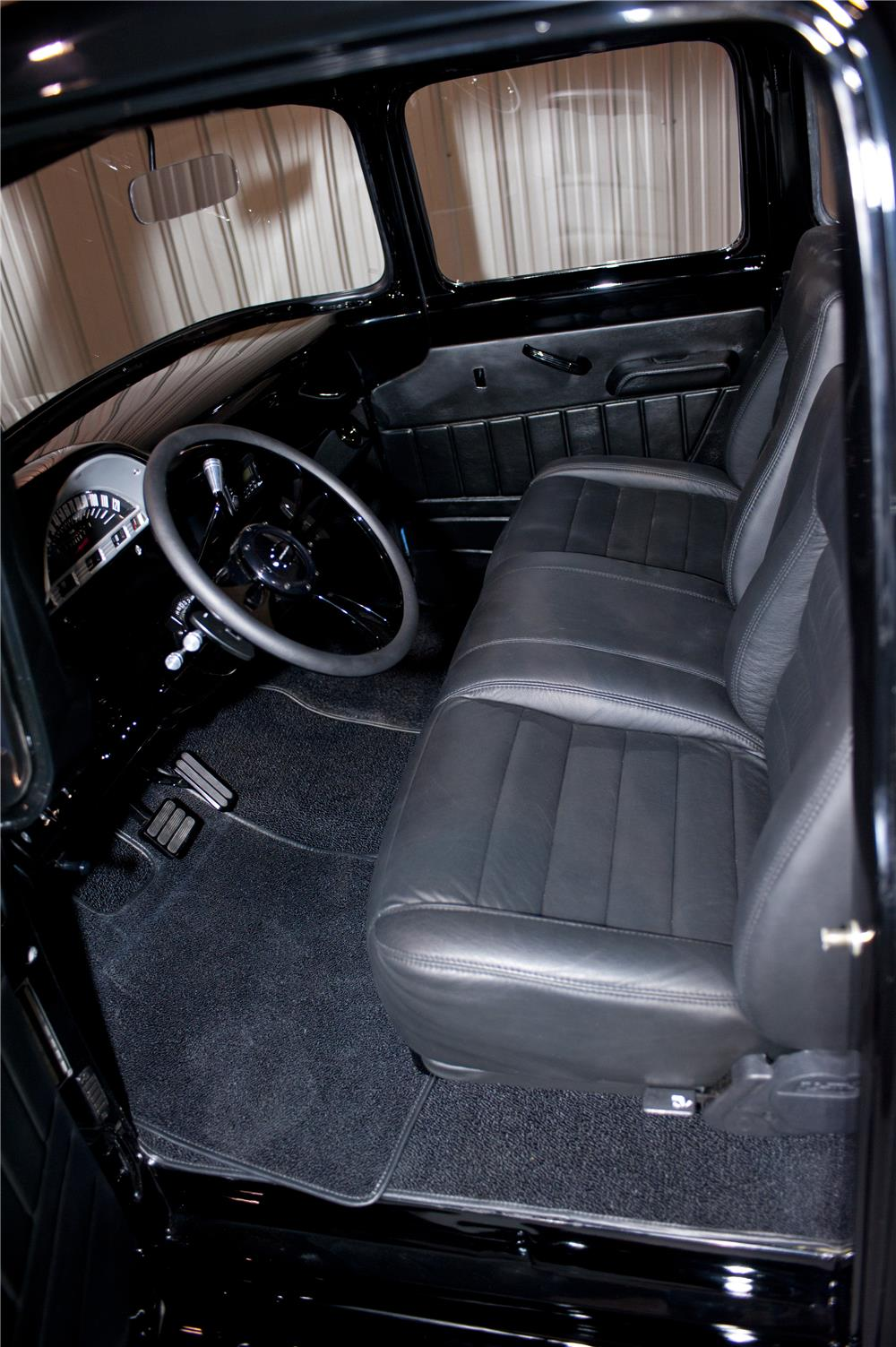 1956 FORD F-100 CUSTOM PICKUP - Interior - 180627