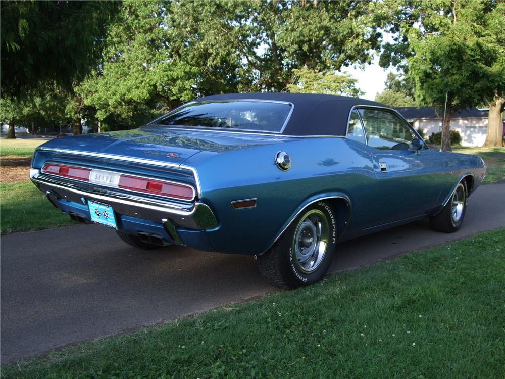 1970 DODGE CHALLENGER R/T - Rear 3/4 - 180630