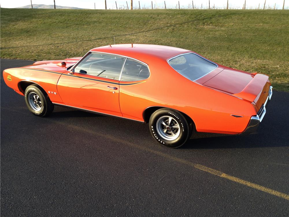 1969 PONTIAC GTO JUDGE - Rear 3/4 - 180632