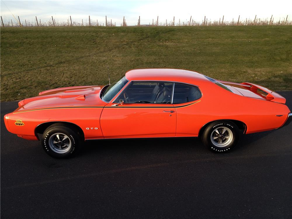 1969 PONTIAC GTO JUDGE - Side Profile - 180632