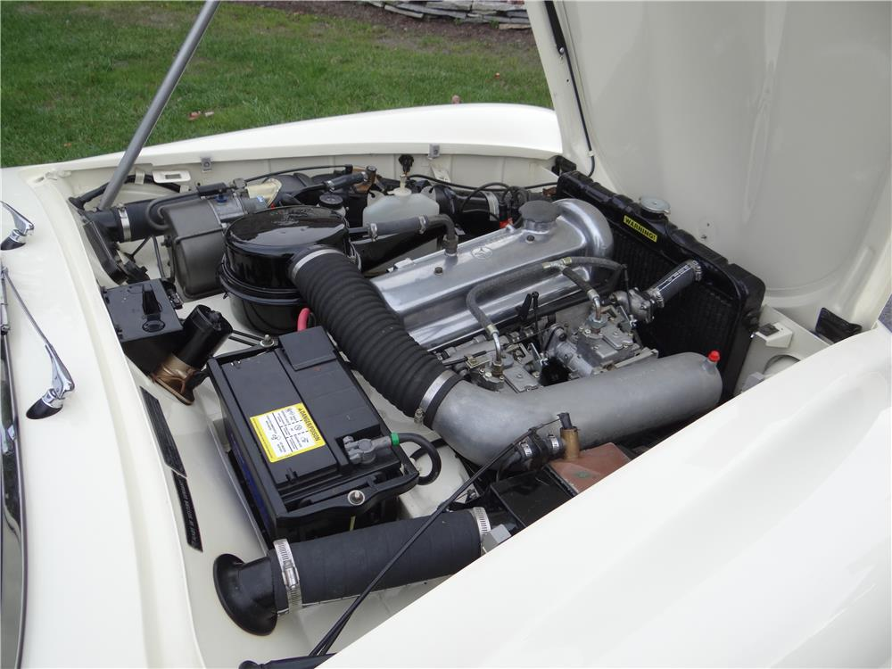 1961 MERCEDES-BENZ 190SL CONVERTIBLE - Engine - 180637
