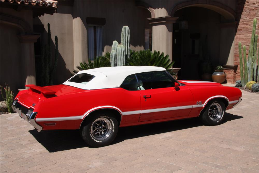 1972 OLDSMOBILE 442 CUSTOM CONVERTIBLE - Side Profile - 180665