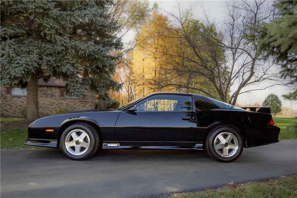 1991 CHEVROLET CAMARO Z/28 - Side Profile - 180688