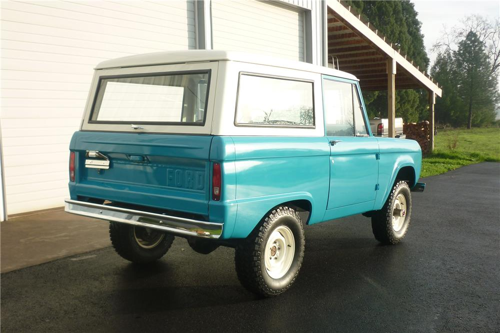 1970 FORD BRONCO 4X4 - Rear 3/4 - 180706