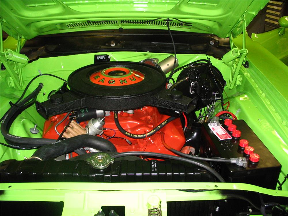 1970 DODGE CHALLENGER R/T - Engine - 180711