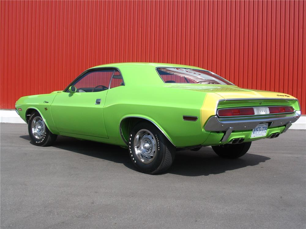 1970 DODGE CHALLENGER R/T - Rear 3/4 - 180711