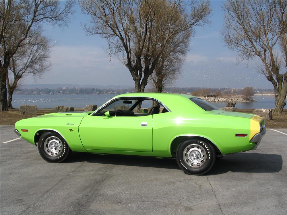 1970 DODGE CHALLENGER R/T - Side Profile - 180711