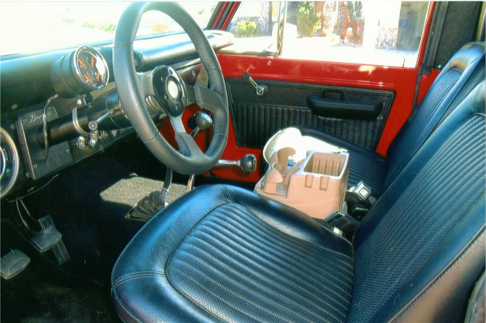 1971 FORD BRONCO 2 DOOR - Interior - 180738