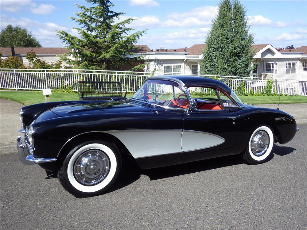 1956 CHEVROLET CORVETTE CONVERTIBLE - Side Profile - 180764