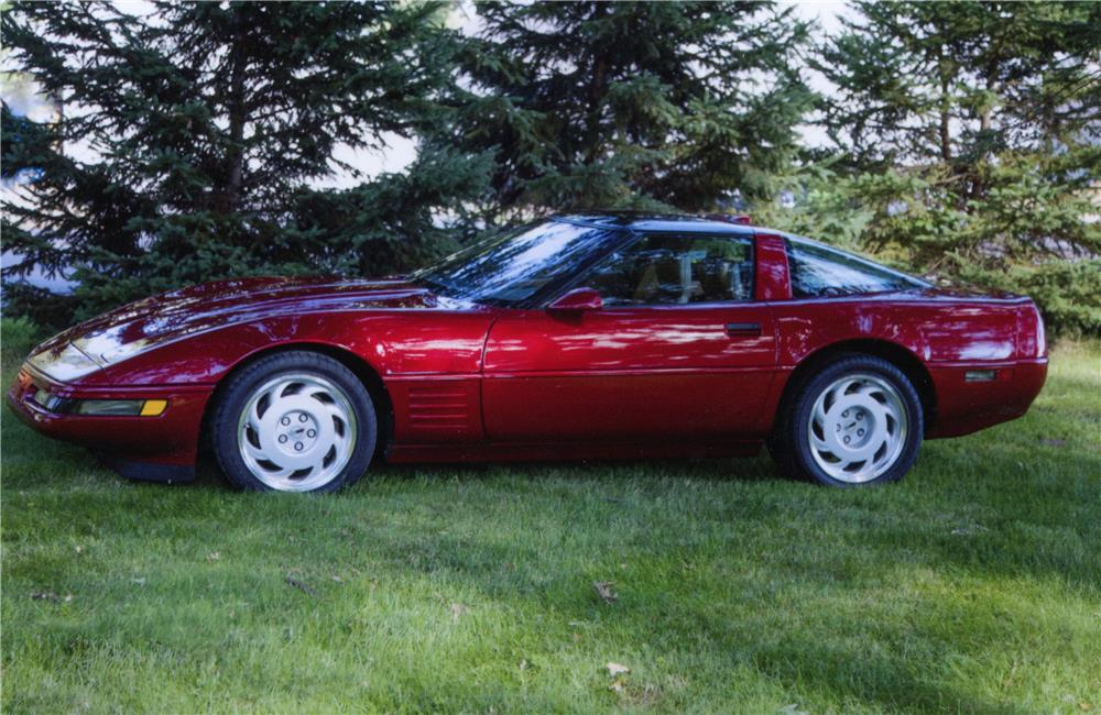 1991 CHEVROLET CORVETTE ZR1 - Side Profile - 180769