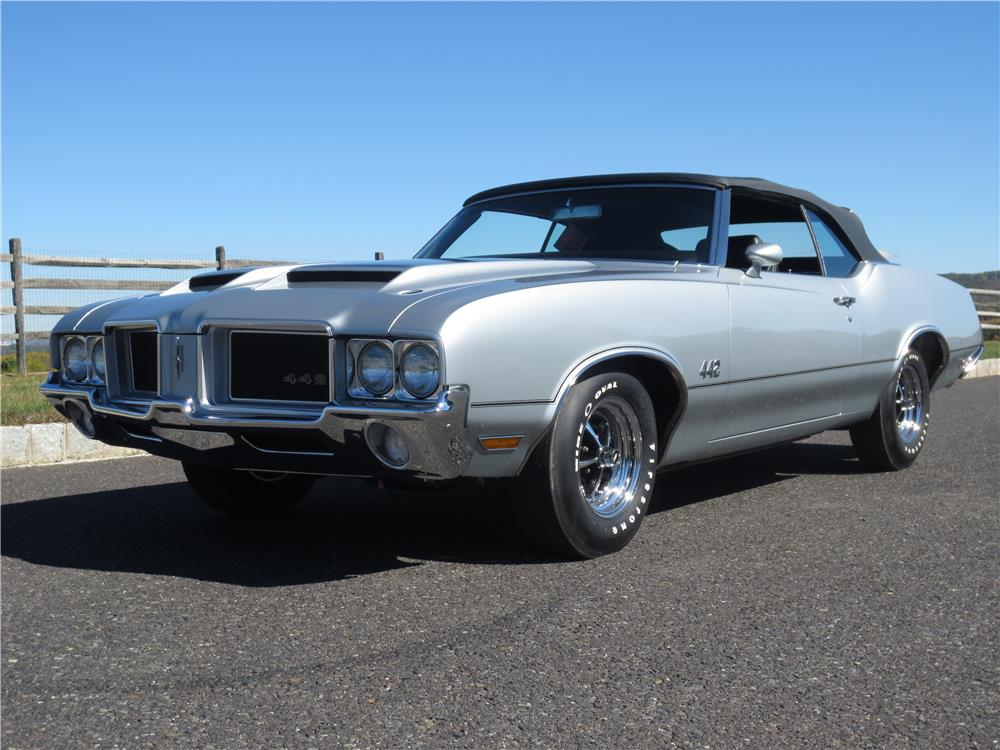 1971 OLDSMOBILE 442 CONVERTIBLE - Front 3/4 - 180770