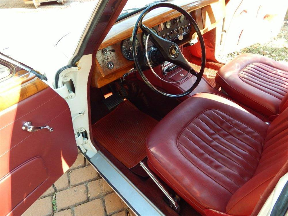 1967 JAGUAR MARK II SALOON - Interior - 180792
